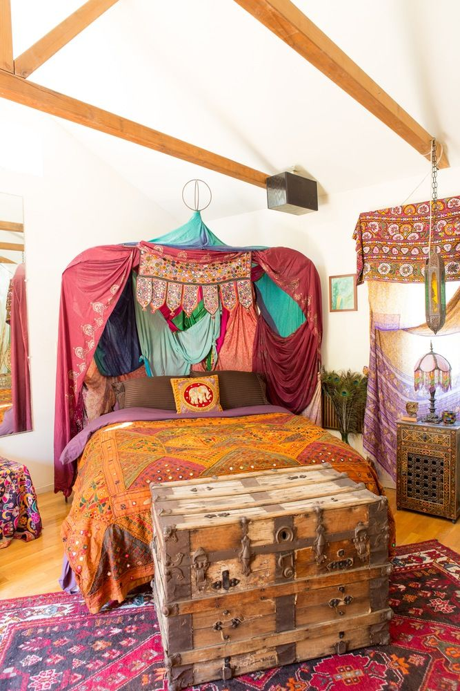 Best A Colorful 500 Square Foot Hideaway In Topanga Canyon 400 x 300