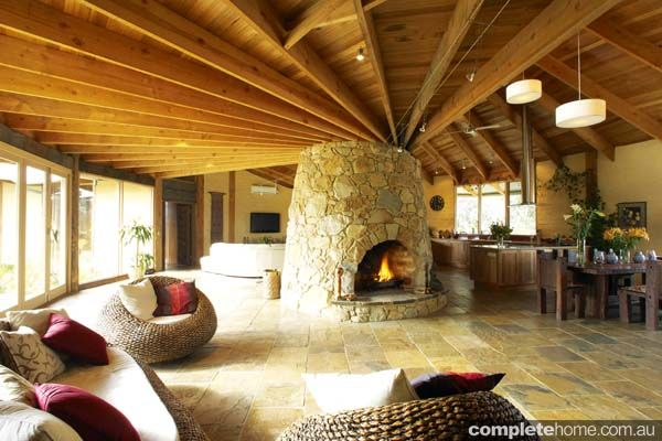 Mud Brick Home: Such A Gorgeous Chimney | Unusual Homes