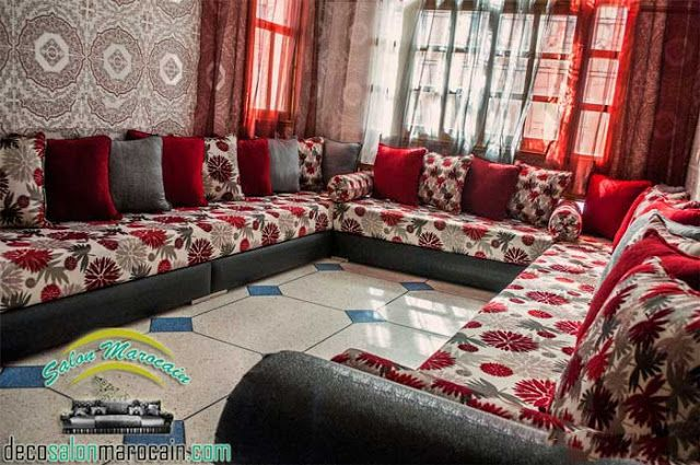 top salon marocain traditionnel canap s et coins top d coration du salon marocain. Black Bedroom Furniture Sets. Home Design Ideas