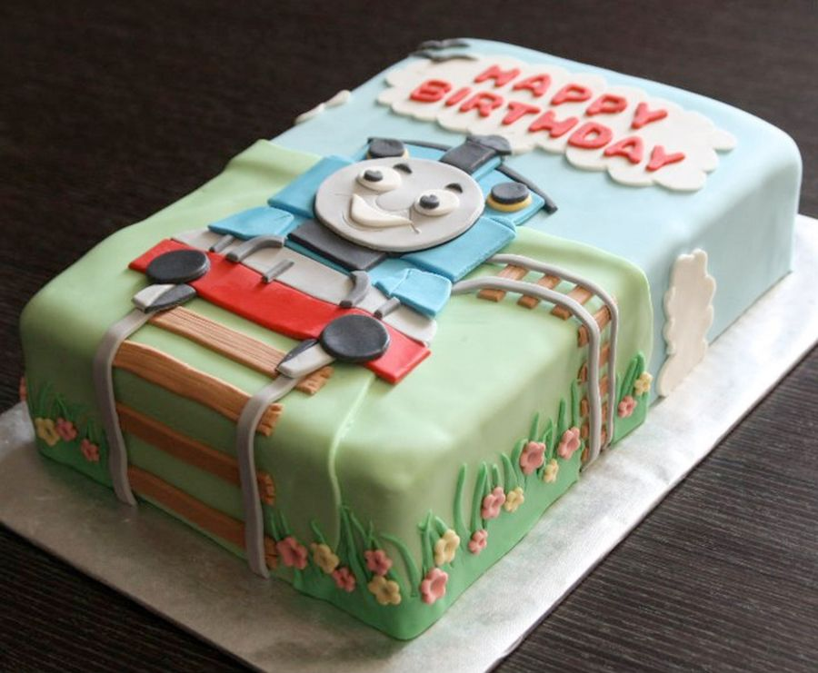 Train Engine Cake Images : Thomas The Tank Engine Cake on Cake Central bake a cake ...