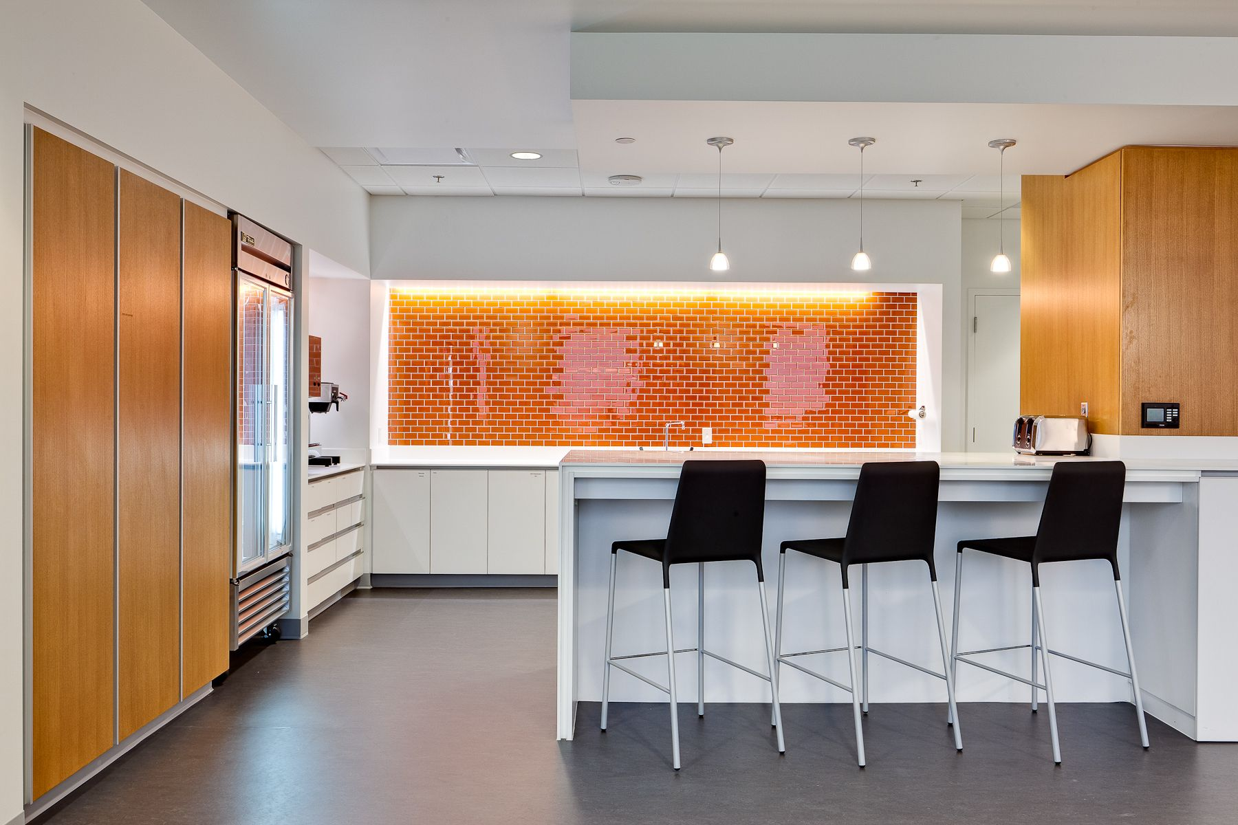 Modern interior design for corporate breakroom awesome - Modern office kitchen ...