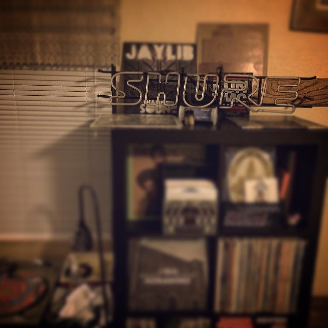 ... 'You #shure did!!' Scored this piece of glass after selling some of my glass today. #thrifting  #project #theprojects #neon #records #hiphop #turntablism #dj #djs #djlife #djing #glass #glasslife #glassofig #glassart #glass_of_ig #glassaddict #vinyl #vinyladdict #vinyladdiction by calyx117