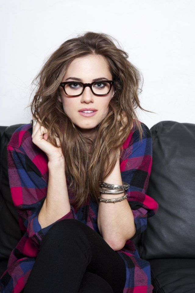 9414f3c777 allison williams - hbo  girls .... i have these glasses.... they do not  look nearly as good on me as this.