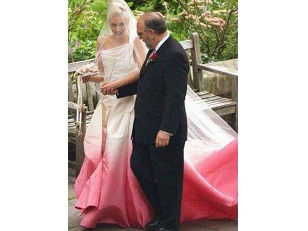 Los 10 vestidos de novia más fashion de Hollywood  d50ddbfe7bc8