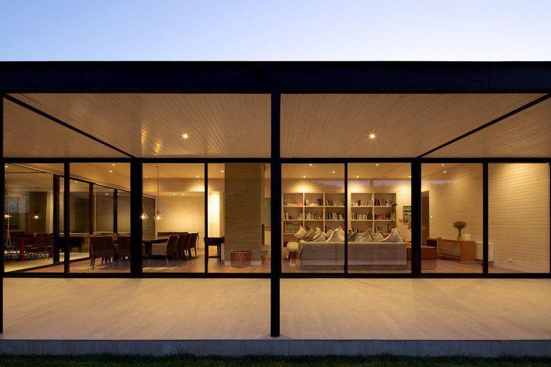Superbe maison exclusive aux allures de ranch avec box pour chevaux