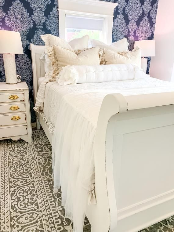Sleigh Bed FrameArt DecoWhite Antique Queen Size Bed ...