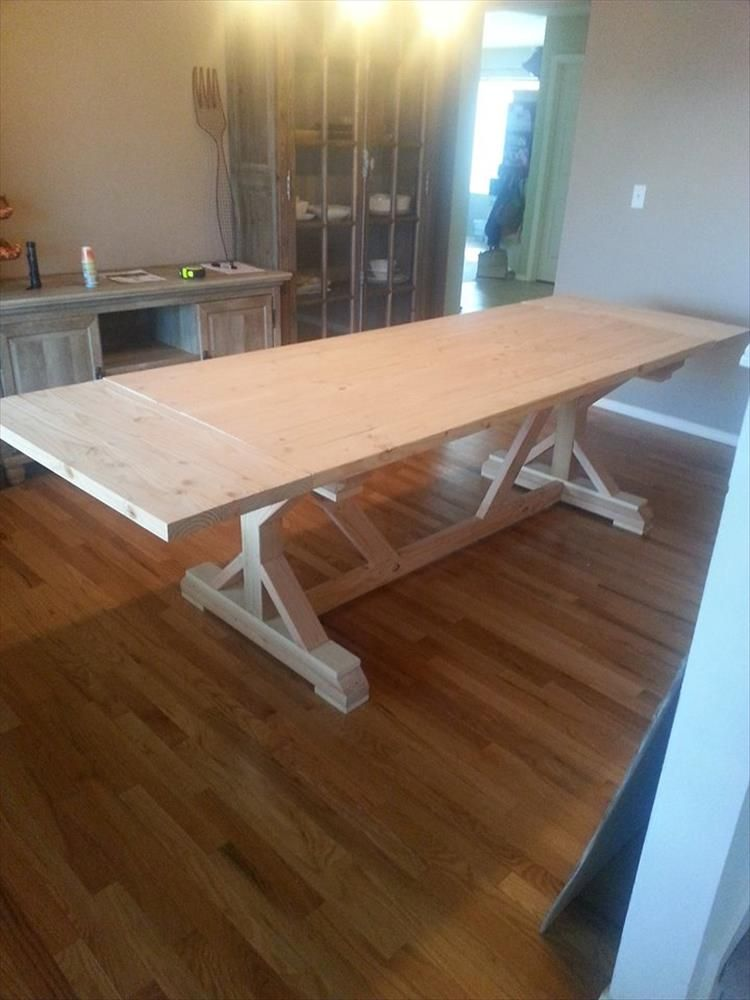 Building A 10 Person Dining Room Table Is Our Project Of The Week
