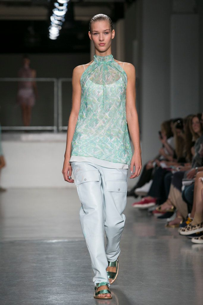 A look from the Richard Nicoll Spring 2015 RTW collection.