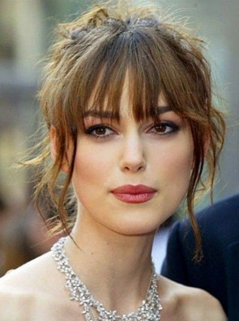4 Classic Hairstyles For Long Face Shape Pretty Designs Long Face Hairstyles Hair Styles Medium Hair Styles