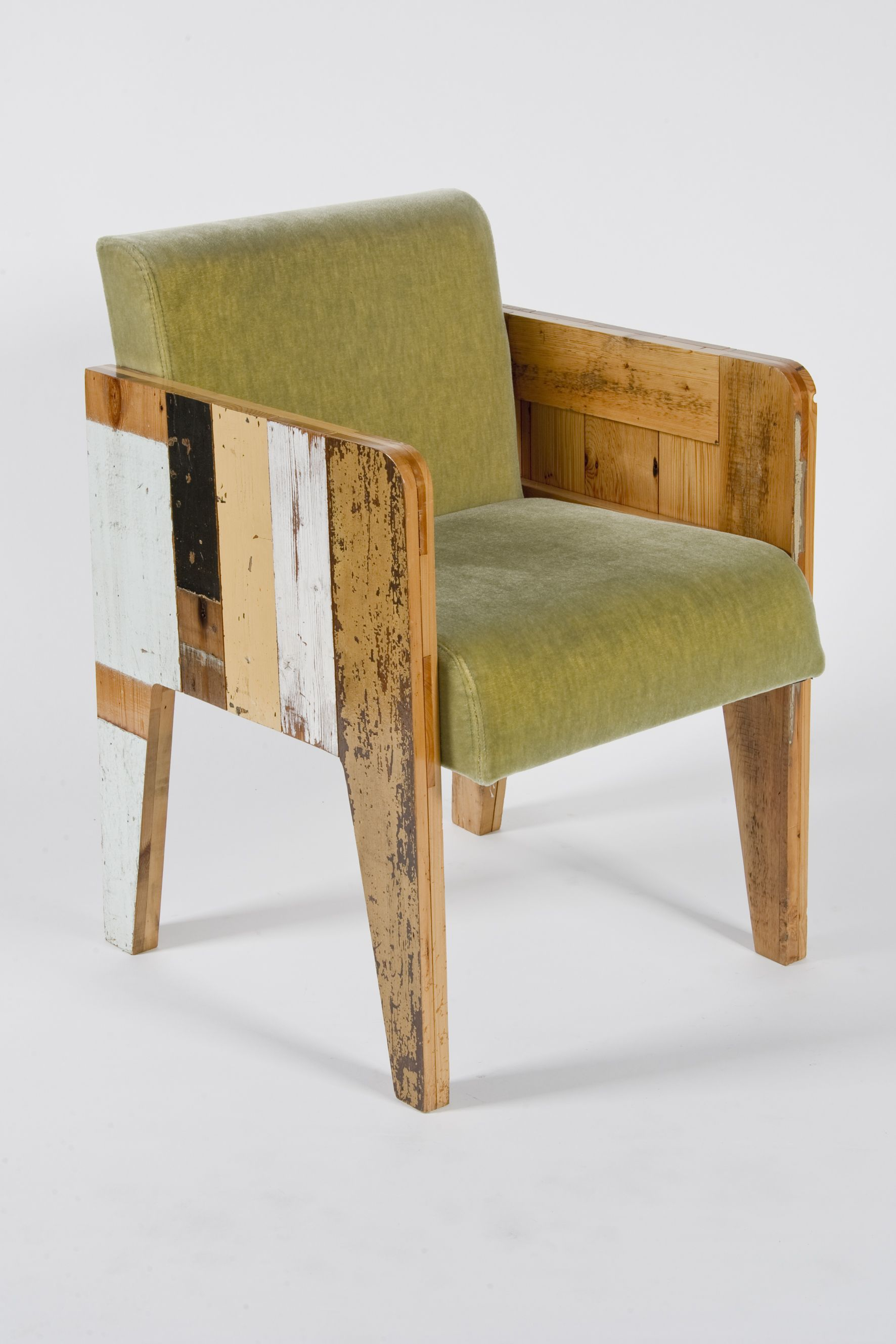 Wood Barcelona Chair Bucket Seat In Scrap Wood With Green Velour Año 2004