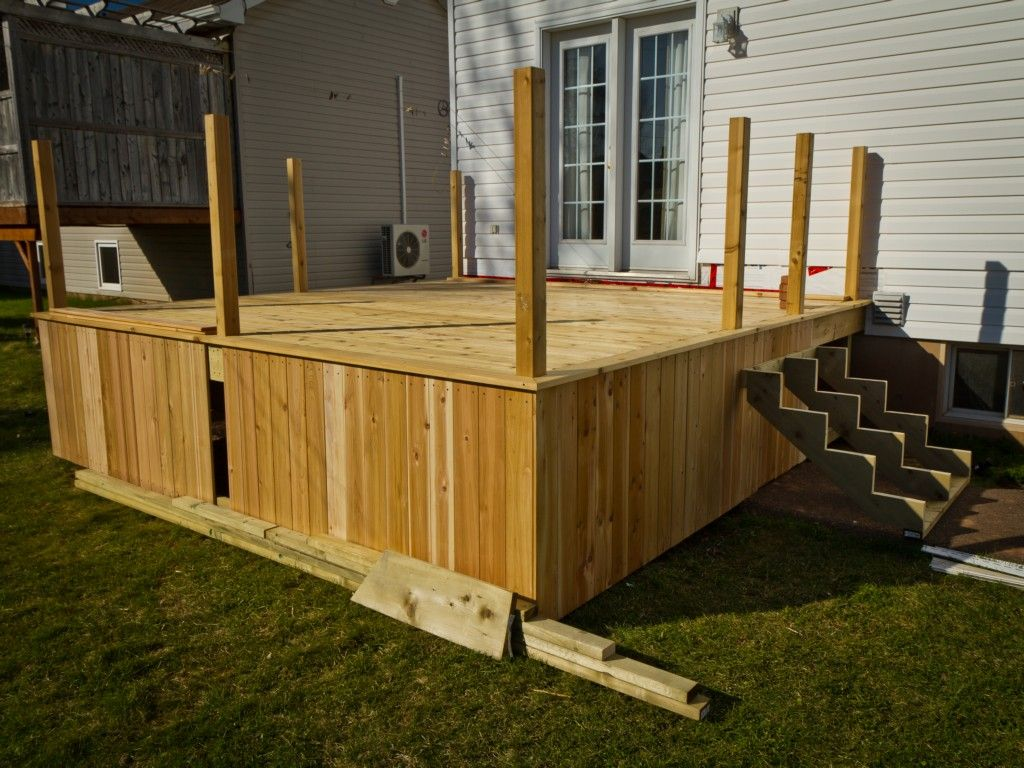 Deck skirting ideas amazing on modern home decor for your for Neat deck ideas