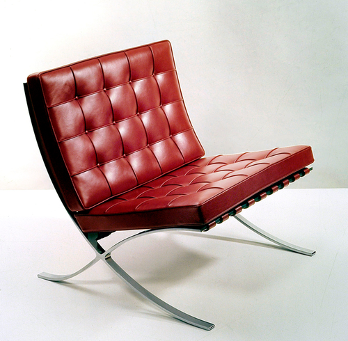 Furniture Classic Mies Van Der Rohe Ludwig 1886 1969 Barcelona Chair 1929 And Stool Http En Wikipedia Org Wiki Deco Chairs Chair Furniture Chair