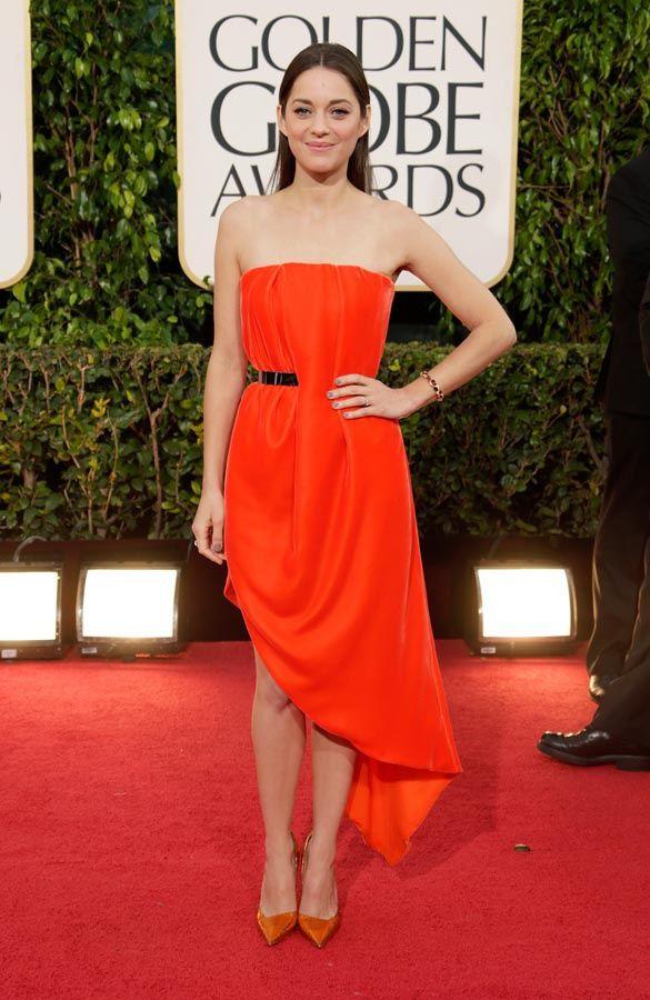 Celebridades con vestidos naranja. Toques cítricos en la alfombra roja  Marion Cotillard