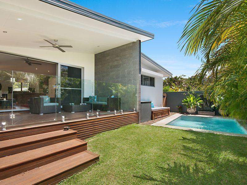 Aquawatersvilla luxury in byron a byron bay townhouse stayz