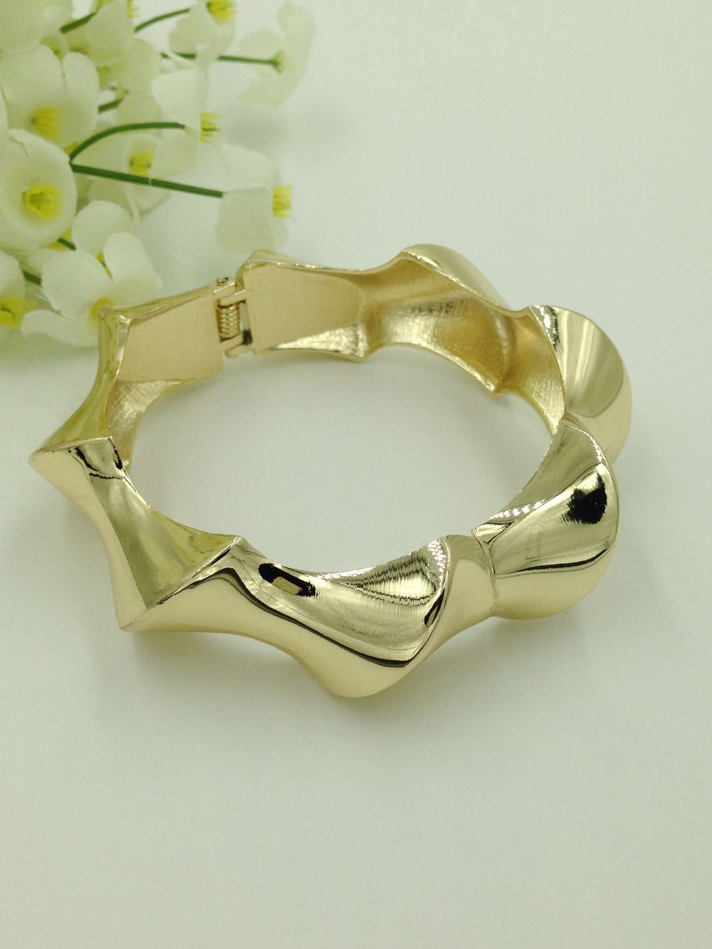 latest dubai gold filled bangles fashion gold cuff bracelet