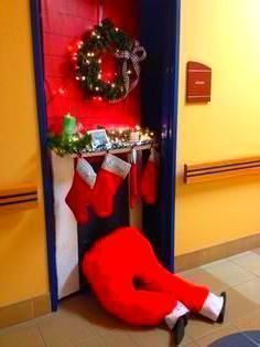 Cubicle Christmas Decorations #cubiclechristmasdecorations Christmas Door Decora...,  #Christmas #Cubicle #cubiclechristmasdecorations #Decora #Decorations #Door #OfficeDecorationcubicle