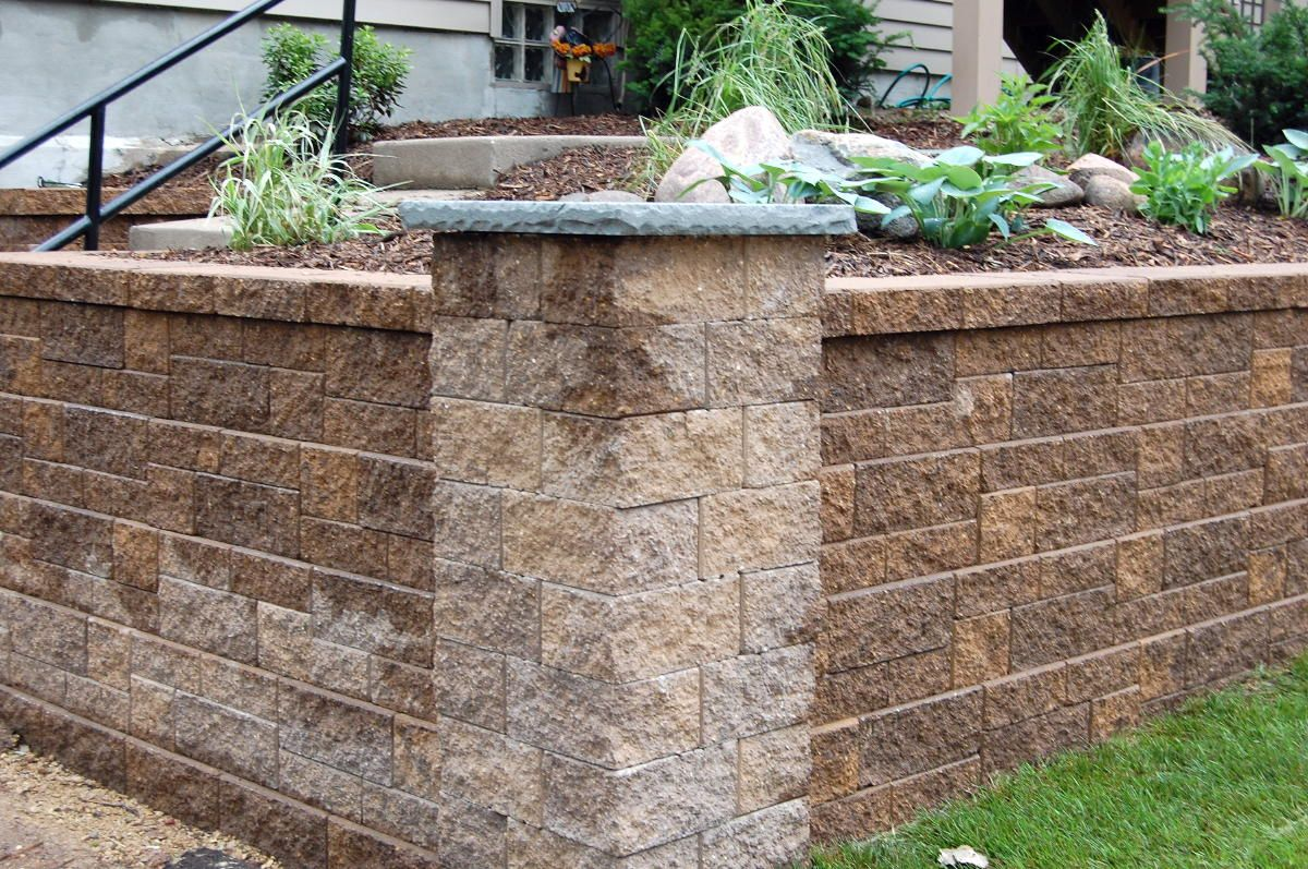 Retaining wall interlocking blocks stackable retaining wall block