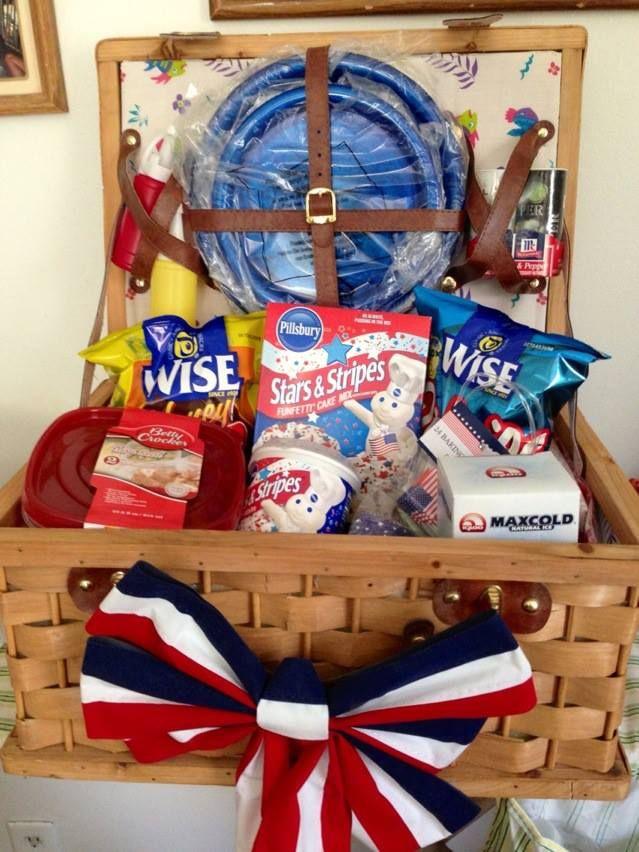 picnic basket that i am donating for my friend s benefit fundraiser rh pinterest com raffle basket ideas raffle basket