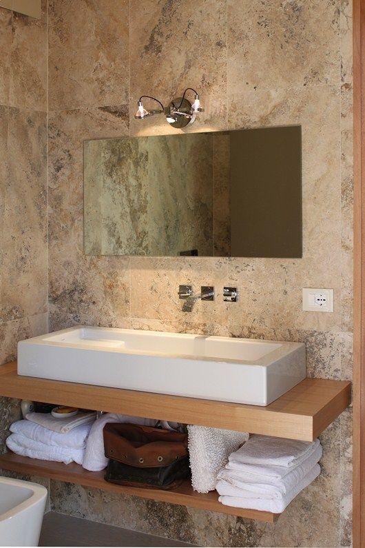 Per rinnovare il bagno, pavimenti e rivestimenti in travertino http://italystonemarbe.com www ...