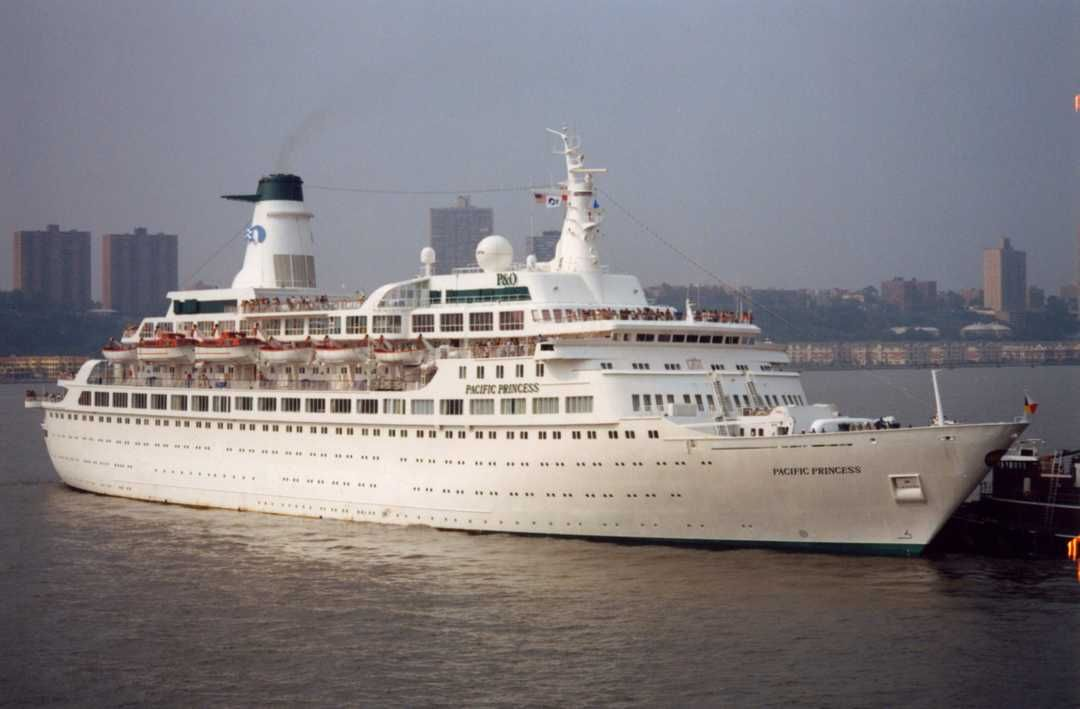 Love Boat Schiff