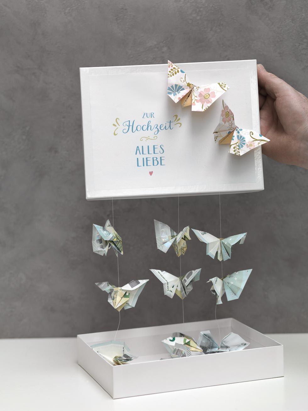 Schmetterlinge aus Geld falten  Bastelideen  Geschenke Geldgeschenke und Geldgeschenke hochzeit