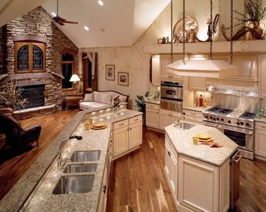 Kitchen And Hearth Room Kitchen A Bit Too Ostentatious But Like