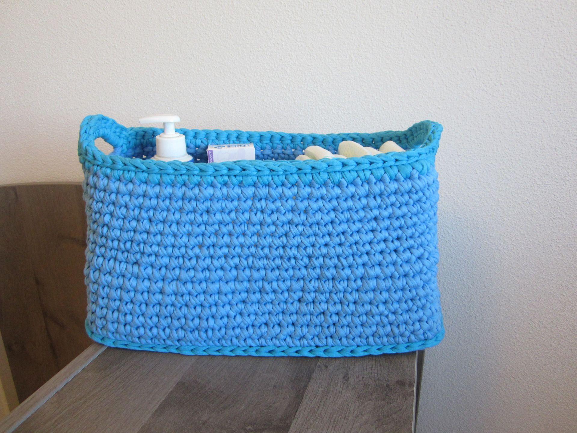 rangement de couches panier jouets panier chambre gar on panier en trapilho bleu panier au. Black Bedroom Furniture Sets. Home Design Ideas