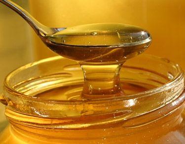 5. Homemade skin care product- Raw organic local honey as a facewash. #NaturalBabyCo #NaturalInspiration ► http://www.healthandbeautypins.com