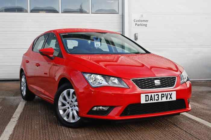 Emocion Red Seat New Leon Hatchback 5 Door Adult Bean Bag Chair