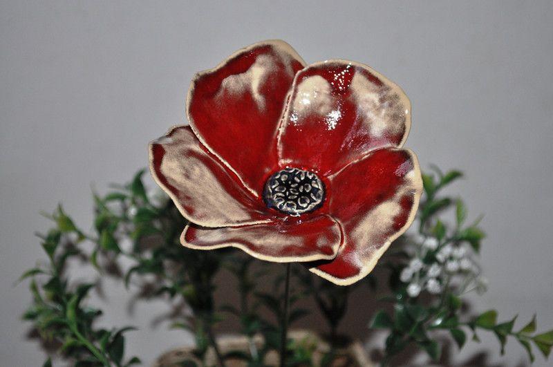 Pflanzen Gartenstecker 1 Mohnblume Keramik Ein Designerstuck Von Sylber Ceramics Bei Dawanda Pflanzenschilder Mohnblume Blumen