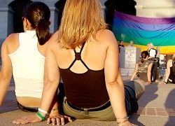Academias de la lengua española admiten matrimonio para gays