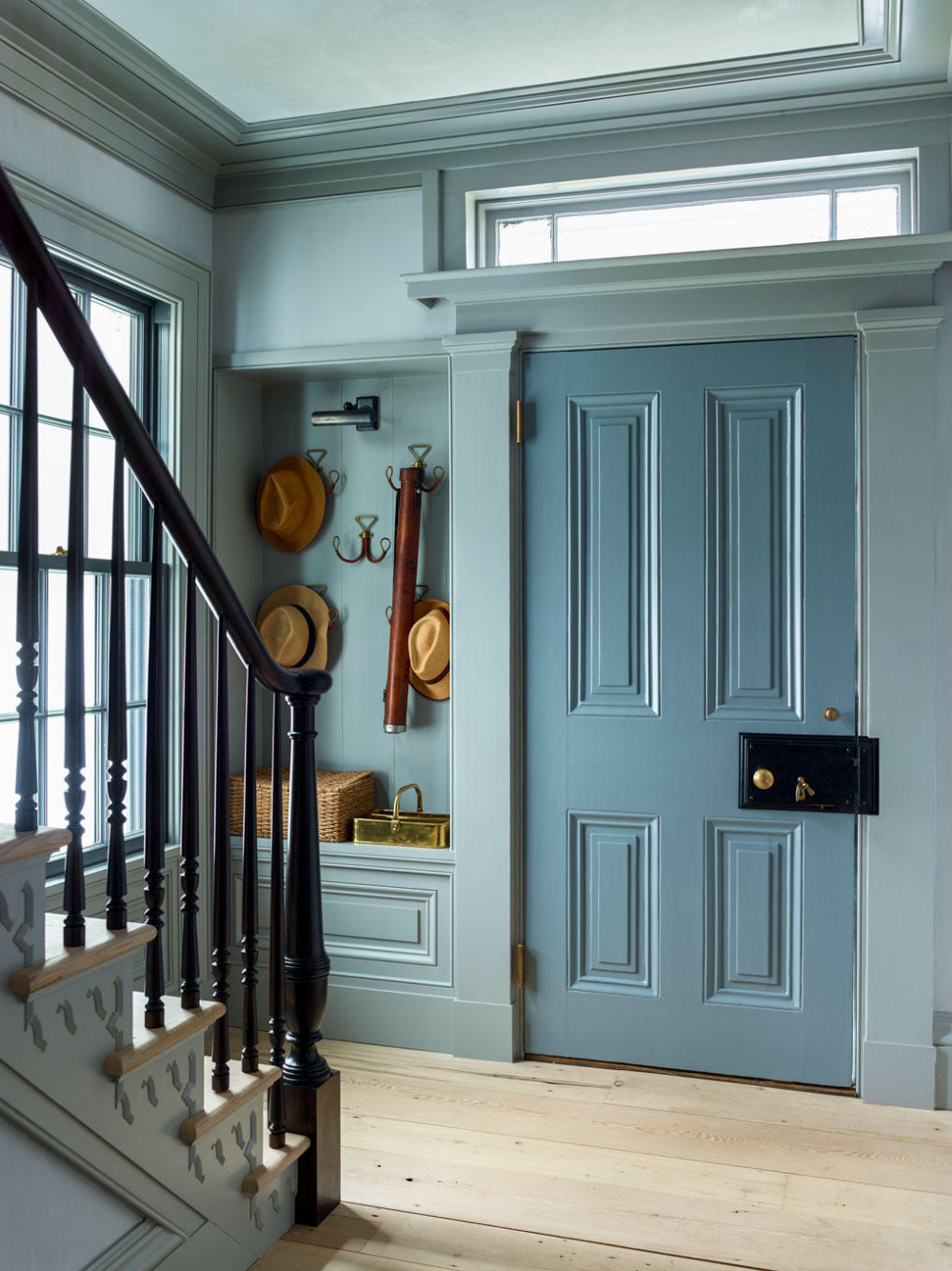 Sag Harbor House By P T Interiors With Images: A Sag Harbor Gem By Steven Gambrel - % (2020)
