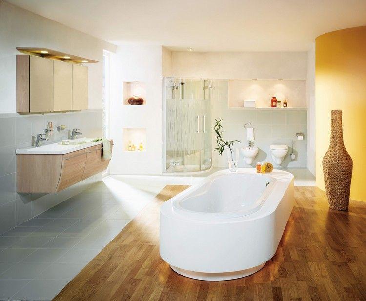 baignoire acrylique, carrelage sol gris clair, meuble sous lavabo en ...