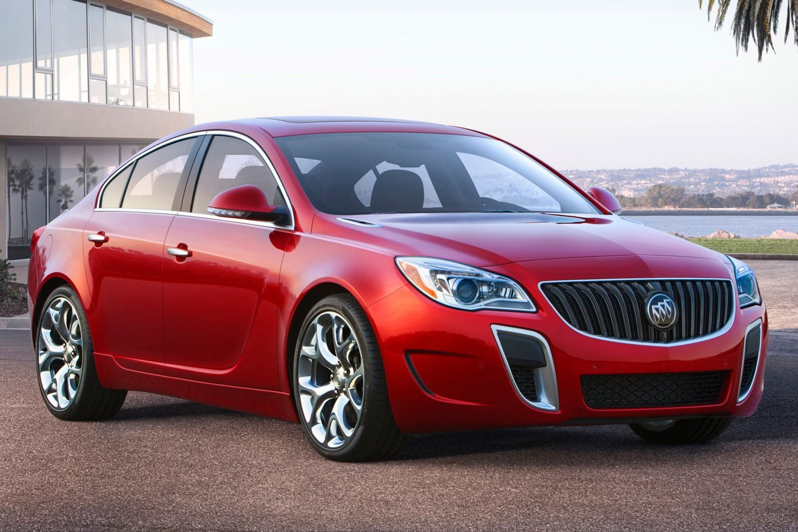 The 2016 Buick Regal Is A Competent And Nimble Midsize Sedan With Pretty Earance
