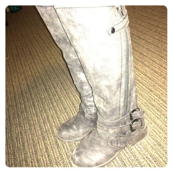 """Selling these """"faded & distressed charcoal grey JustFab Calvin moto boots"""" in my Poshmark closet! My username is: aliasgirl33. #shopmycloset #poshmark #fashion #shopping #style #forsale #JustFab #Boots"""