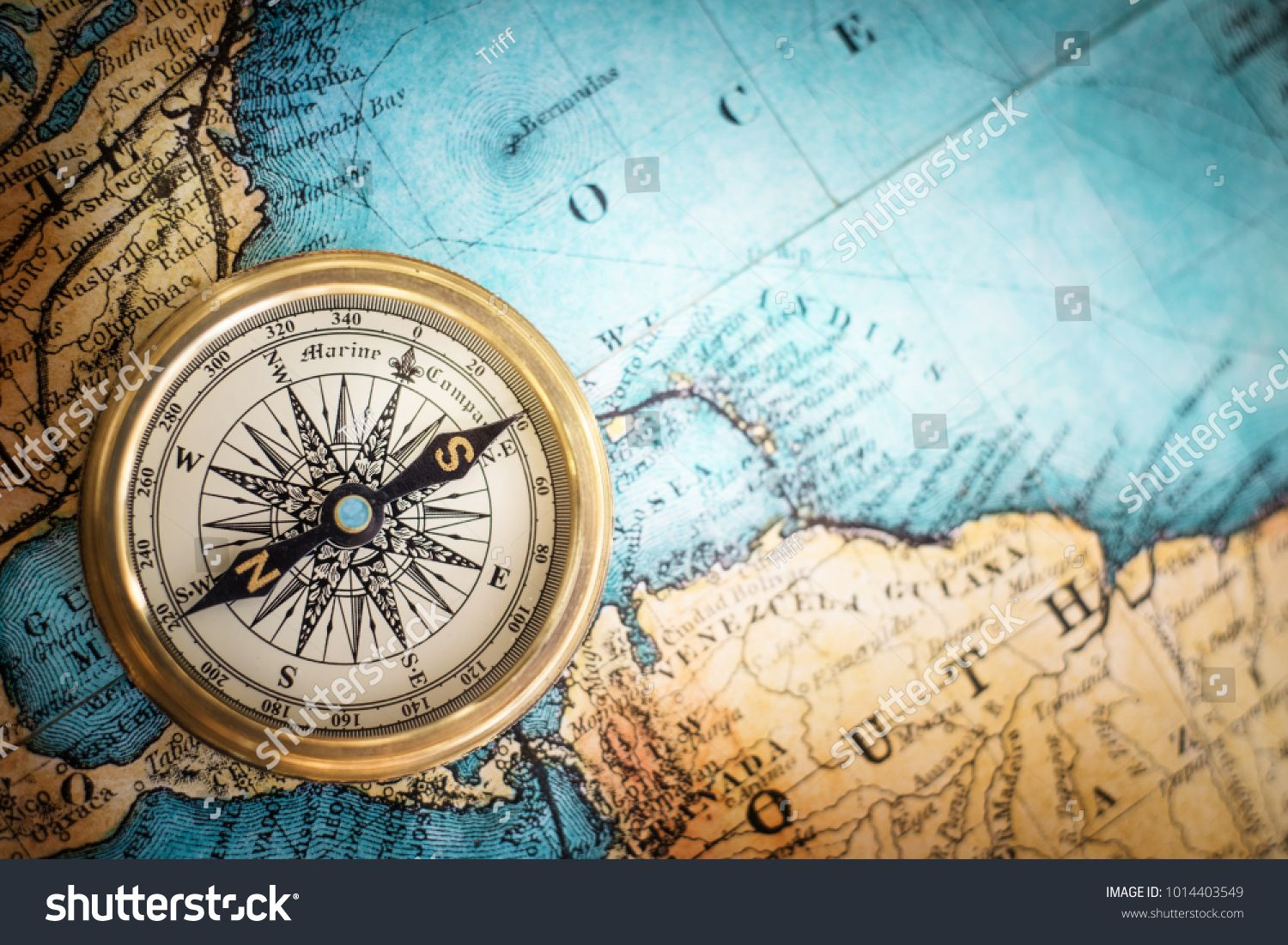 Old Vintage Retro Compass On Ancient Map Background Travel Geography Navigation Concept Background Ancient Maps Vintage Compass Geography