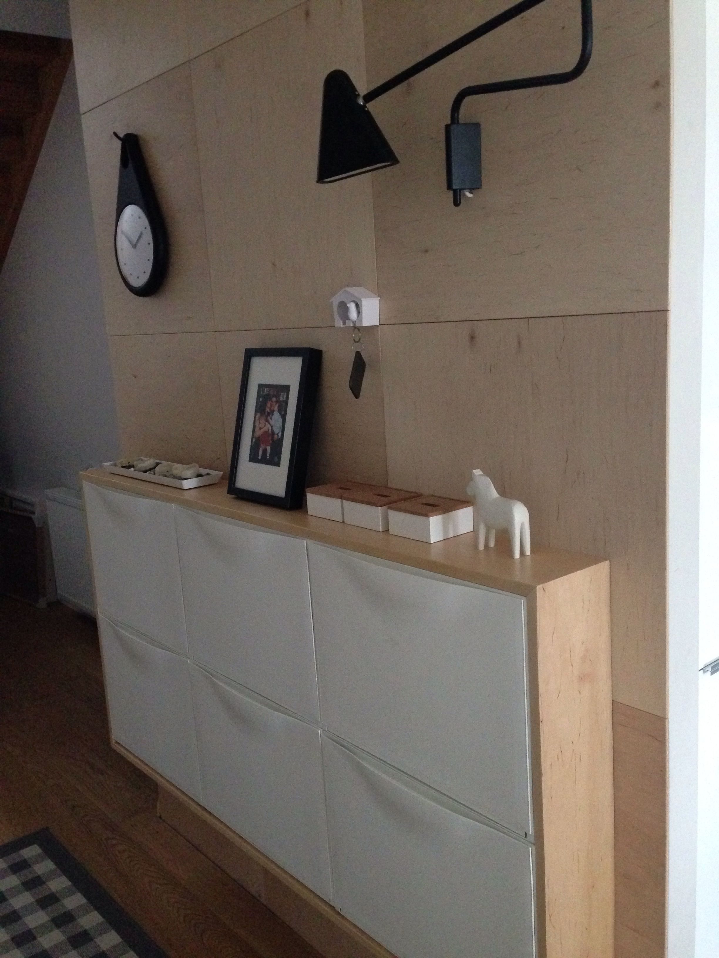 Ikea Schuhregal Trones.Plywood Wall And Ikea Trones Cabinets In My Hallway Vivir