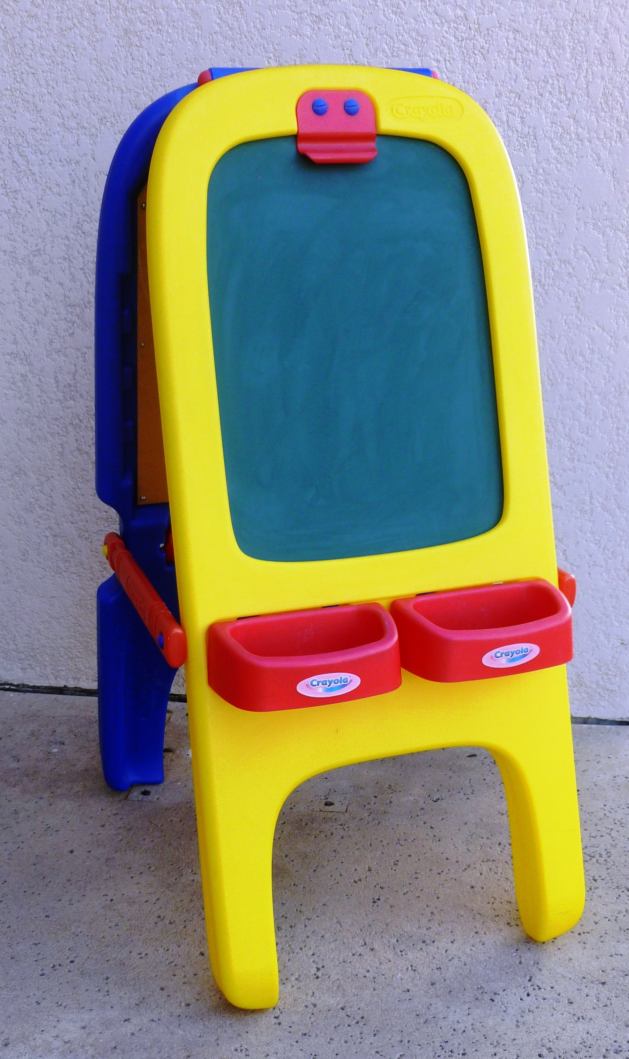 Crayola Magnetic Double Sided Easel The Double Easel Offers A