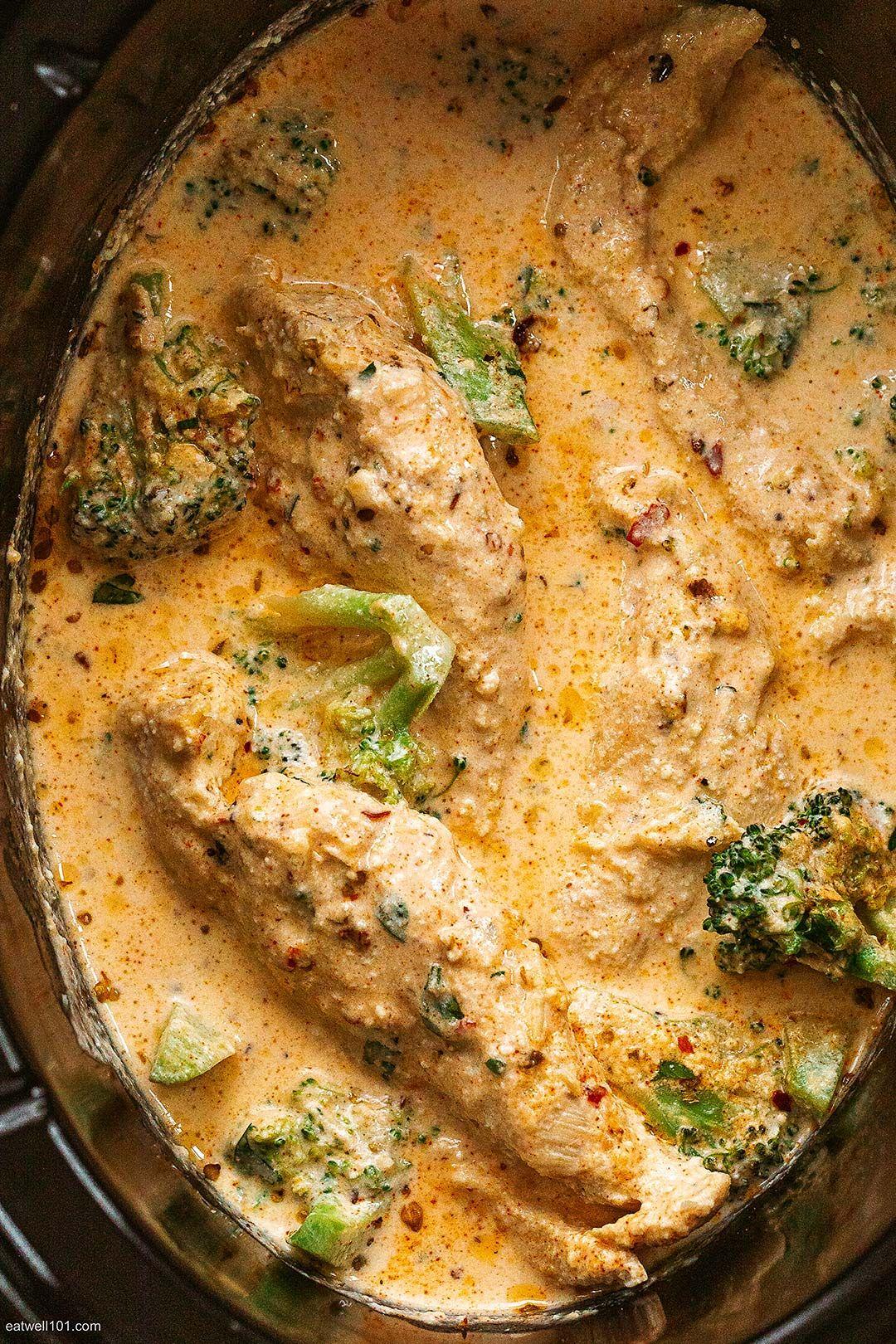 Photo of Slow Cooker Garlic Chicken Alfredo with Broccoli