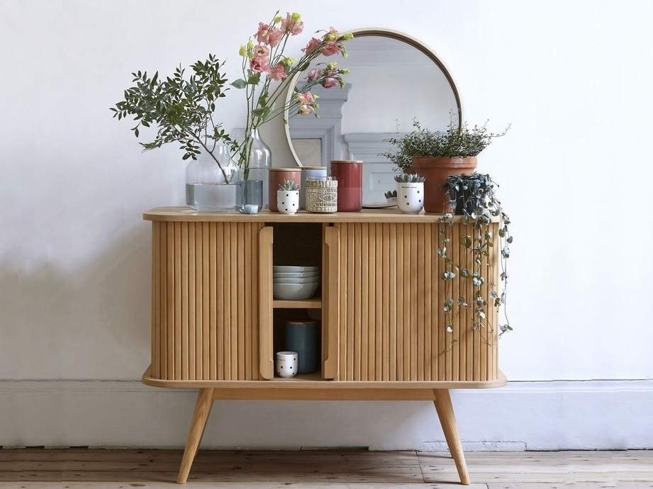 Tendance Deco Le Retour Du Meuble A Rideau Coulissant Home Interior Design Decor Luxury Interior Design