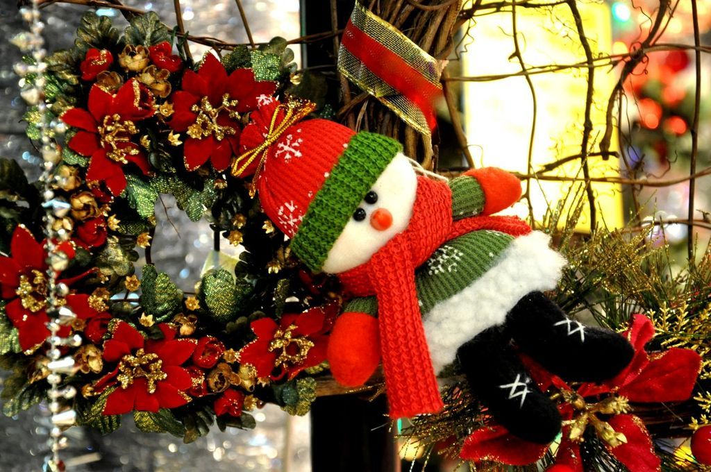 Snowman jigsaw puzzle in Christmas Jigsaw Puzzles Pinterest