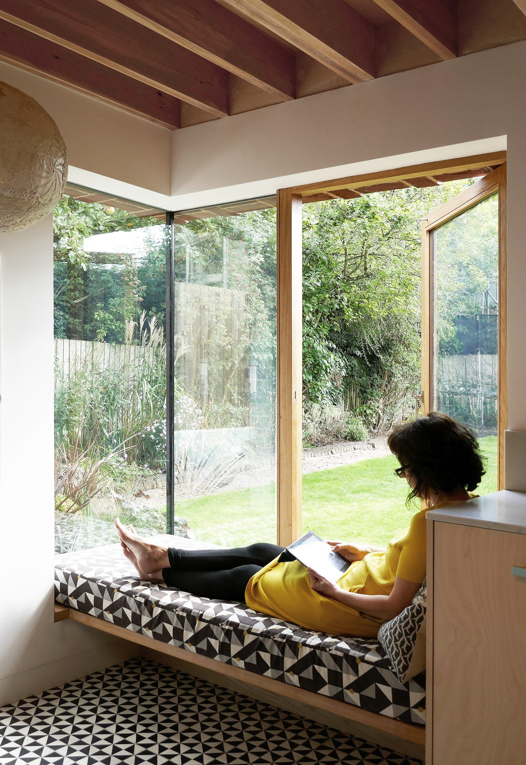 House box window design  pamphilon architects adds textured brick extension to house in