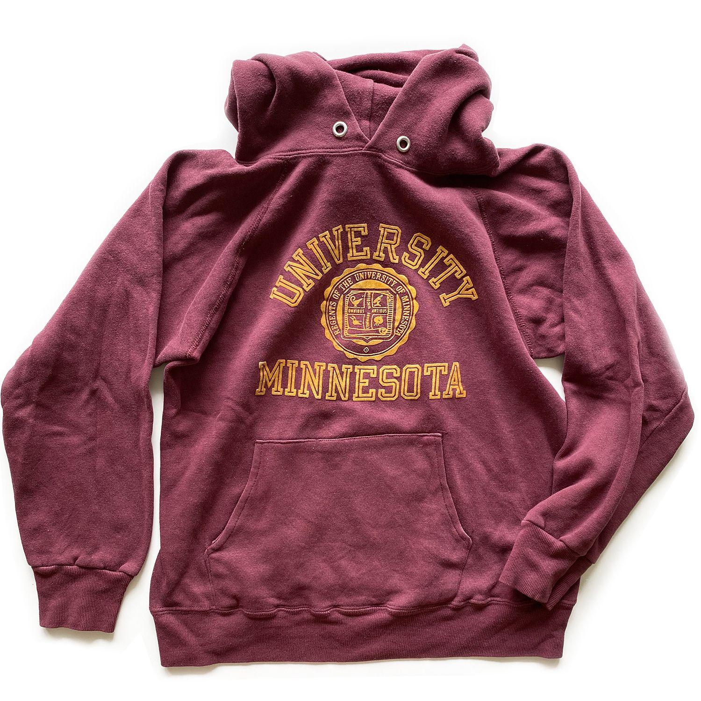 Vintage University Of Minnesota Champion Hoodie Sweatshirt Sweatshirts Hoodie Champion Hoodie Sweatshirts [ 1500 x 1500 Pixel ]