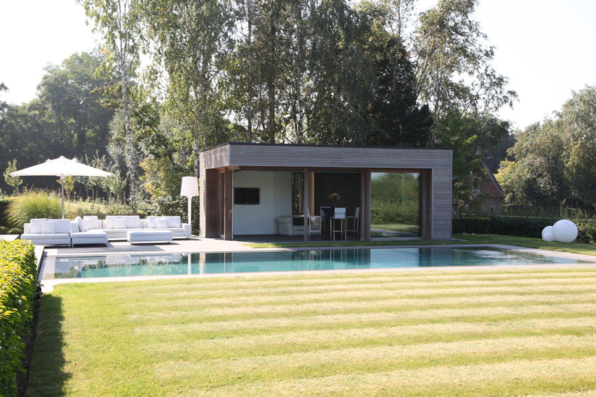 Poorhouse design in tropisch hardhout