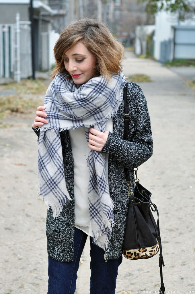 Gilet gris, écharpe à carreaux Zara, jean. Pañuelos De Leopardo, Bufandas De 59e0d2a4074