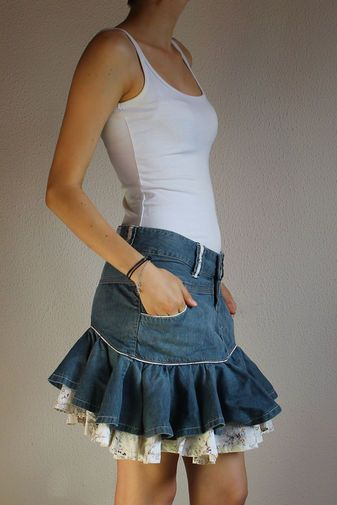 577cc6aef9 falda vaquera pepe jeans london. Falda vaquera con vuelo y adornos en  estampado floral 100% algodón modelo antiguo Medidas y composición