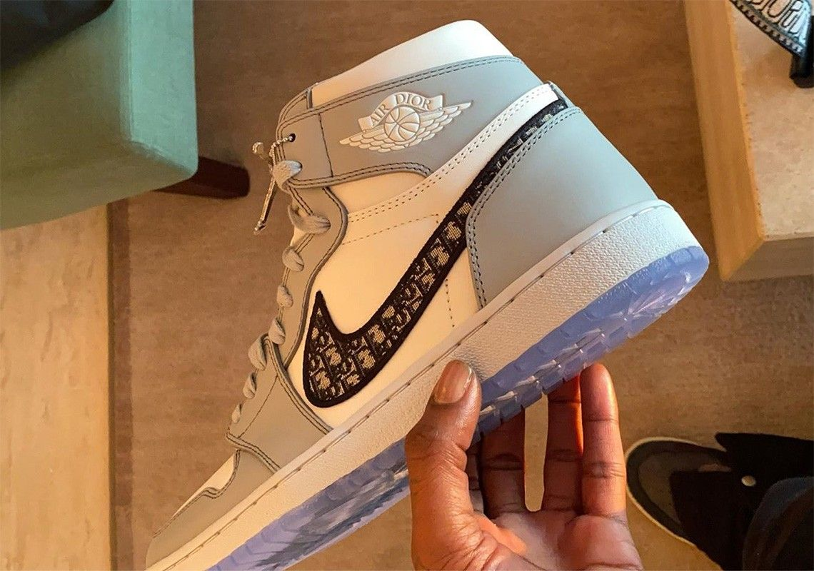 Official Dior x Nike Air Jordan 1 Release Information