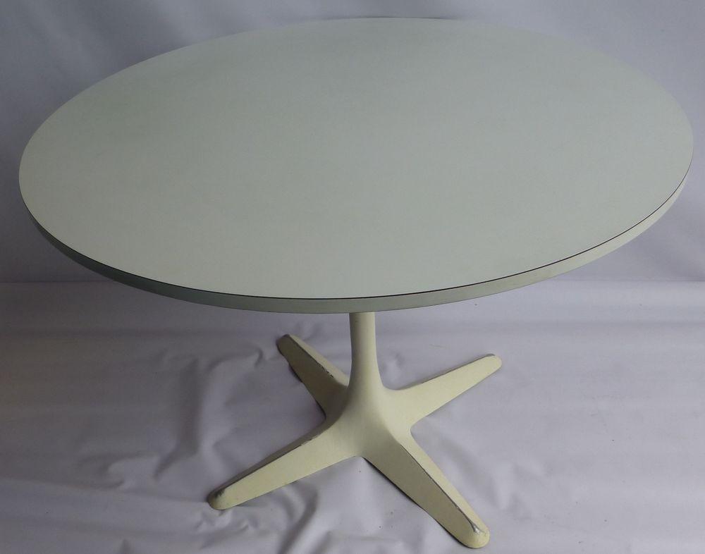 Mid Century Modern Tulip Base Dining Table By Burke Midcenturymodern