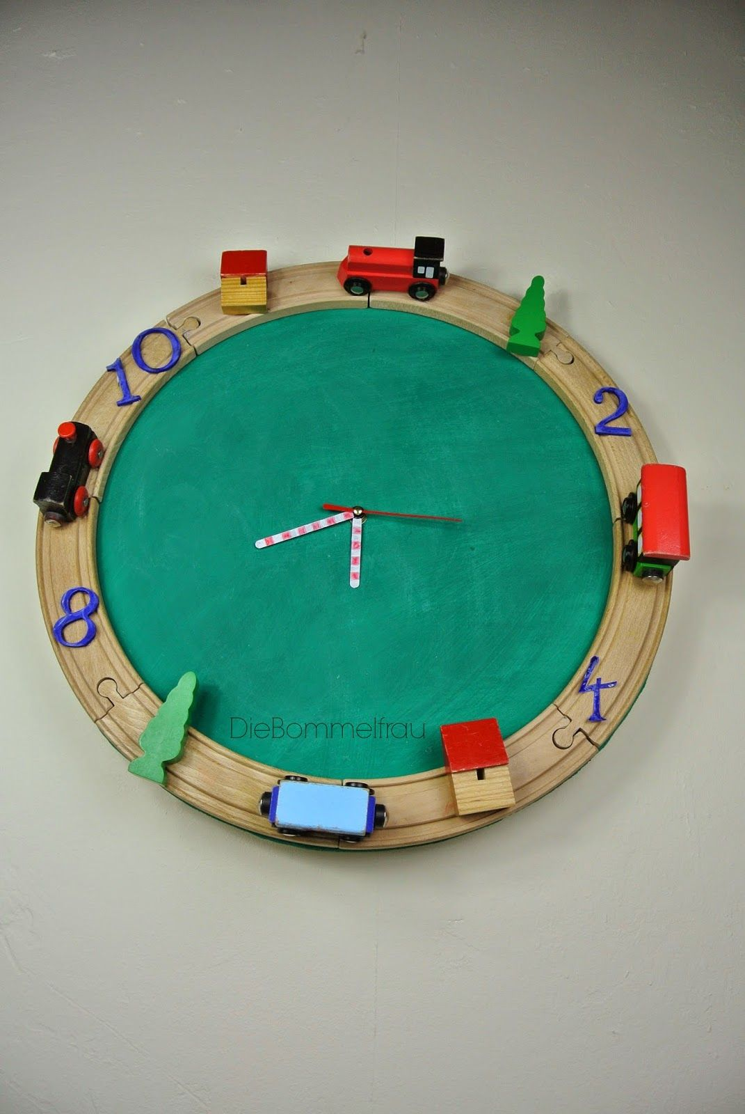 EisenbahnUhr / Clock made with toy train set / Upcycling
