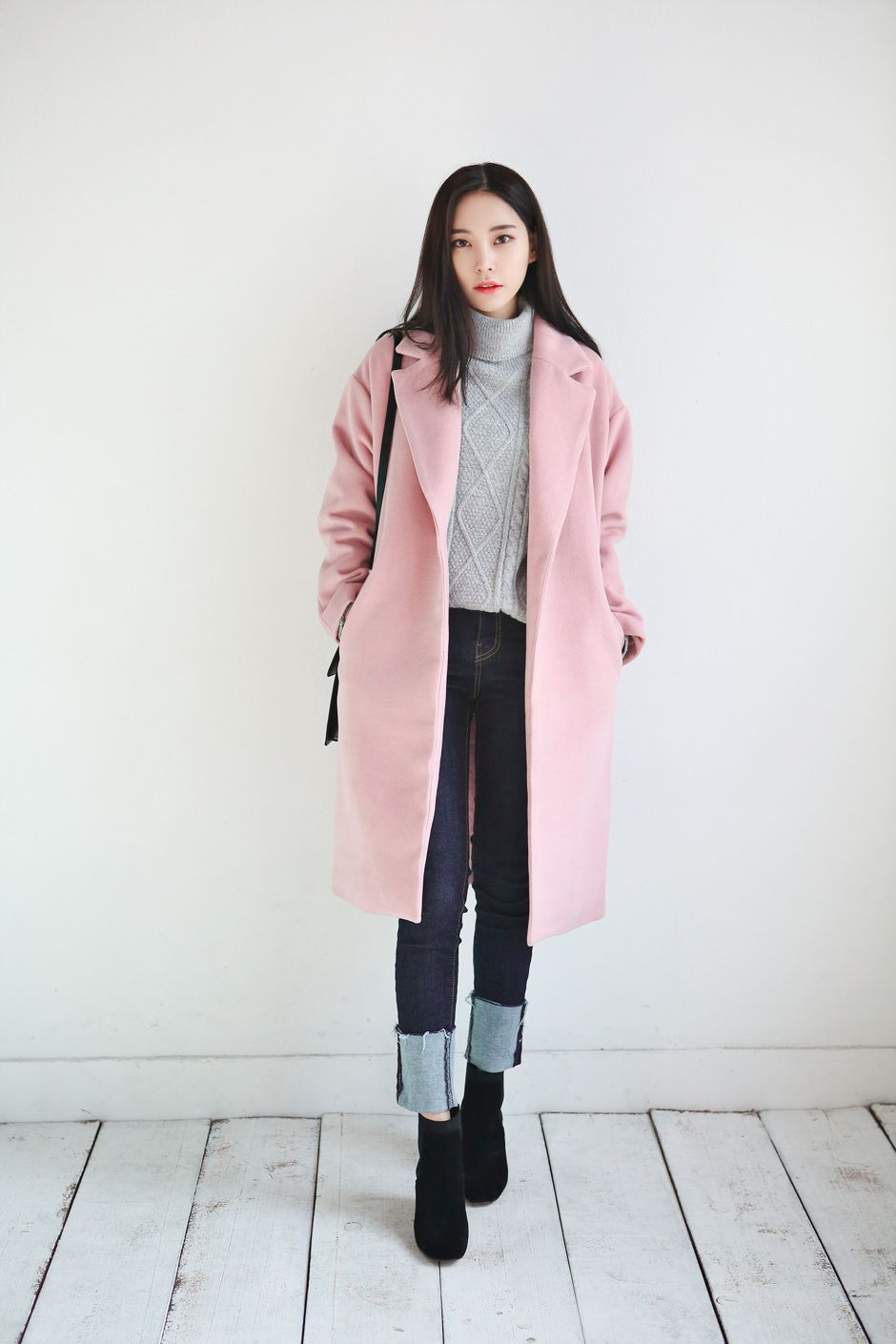 Pin By Greenteaurs On Style Is Eternal Korean Winter Fashion Outfits Korea Winter Fashion Korean Fashion Trends